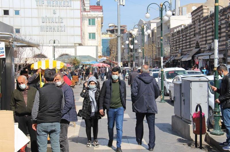 Kısıtlamalarının kaldırılmasına Diyarbakırlılar nasıl bakıyor?