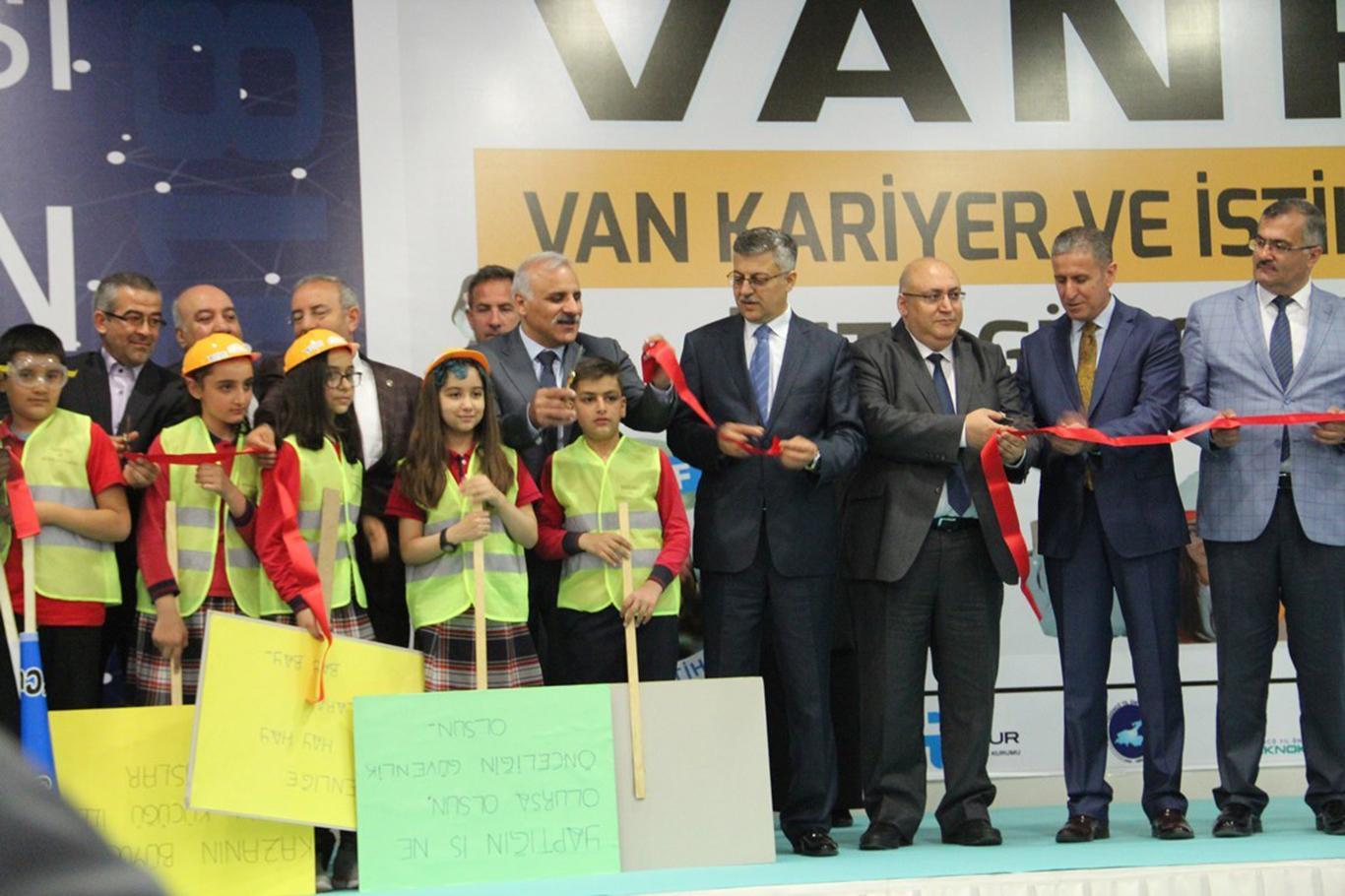 Türkiye İran Ar-Ge ve inovasyon fuarı açıldı