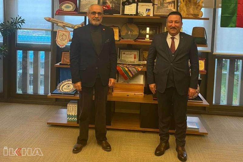 Bağlar Belediye Başkanı Beyoğlu, Cumhurbaşkanı Başdanışmanı Yaşar Topçu'yu ziyaret etti