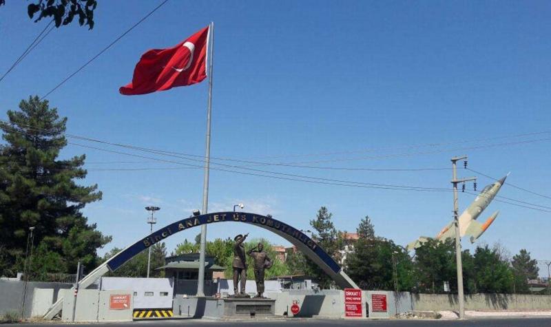 Diyarbakır 8'inci Ana Jet Komutanlığı ana pisti 24 Mayıs'ta uçuşlara kapatılacak