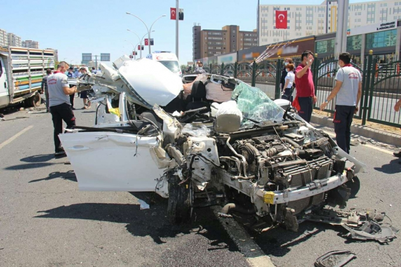 Diyarbakır'da 2021 yılında trafik kazalarında 20 kişi hayatını kaybetti