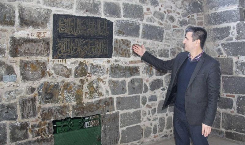Diyarbakır'da Mervani Devleti hükümdarının mezarı bulundu
