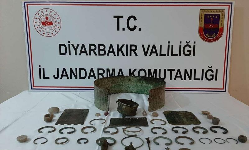 Diyarbakır'da tarihi eser ele geçirildi