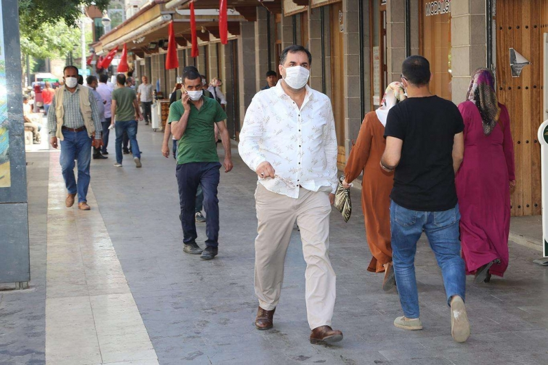 Diyarbakır'da vaka sayısı arttı! Kent kırmızıya döndü