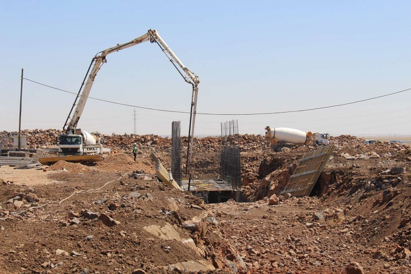 Diyarbakır'da yapılacak olan yem Fabrikası'nın temeli atıldı