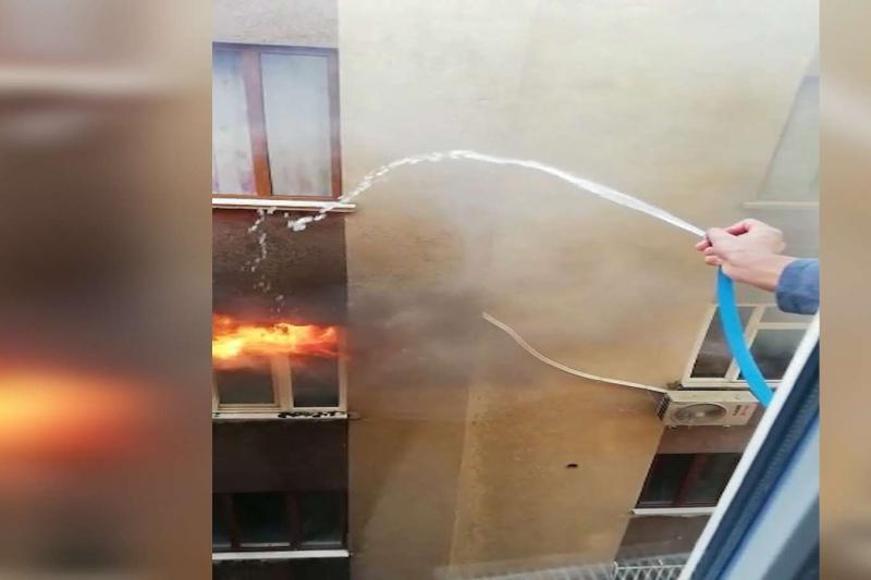 Yangında yaralanan kadın hayatını kaybetti