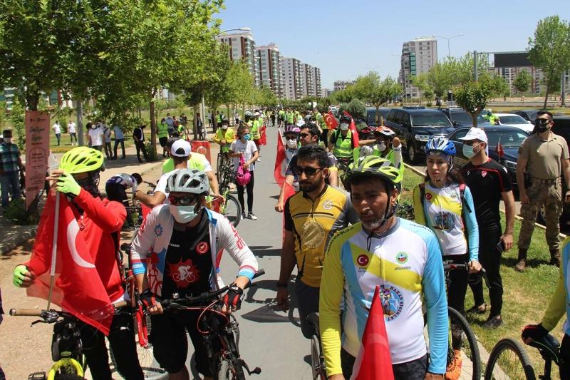 Diyarbakır'ın fethi için bisiklet turu düzenlendi