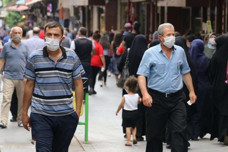 Diyarbakırlılar Covid-19 aşısına karşı mesafeli davranıyor