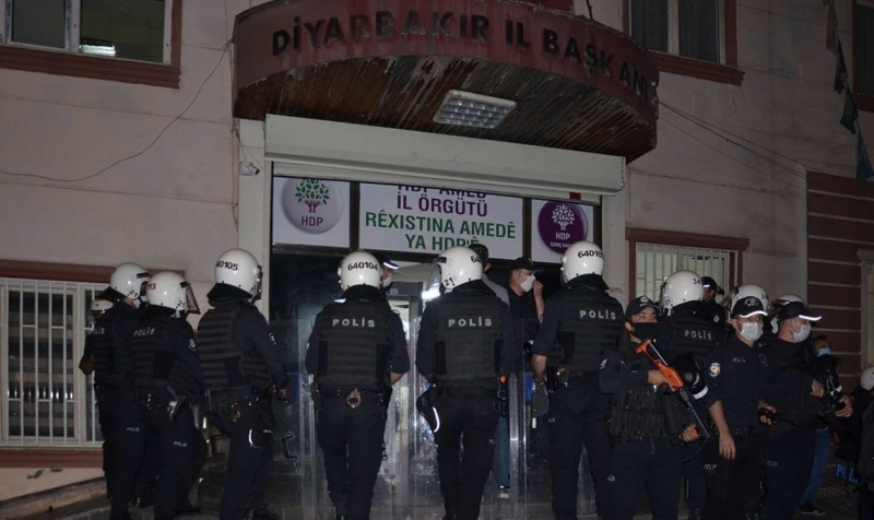 HDP binalarındaki arama sona erdi