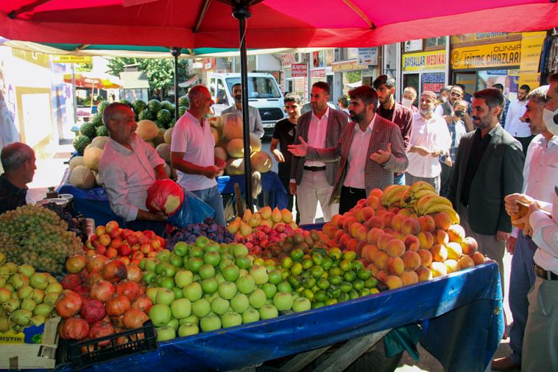 HÜDA PAR Diyarbakır İl Başkanı Dinç: Kira ve faturaların yükselmesi huzursuzluğa neden oluyor
