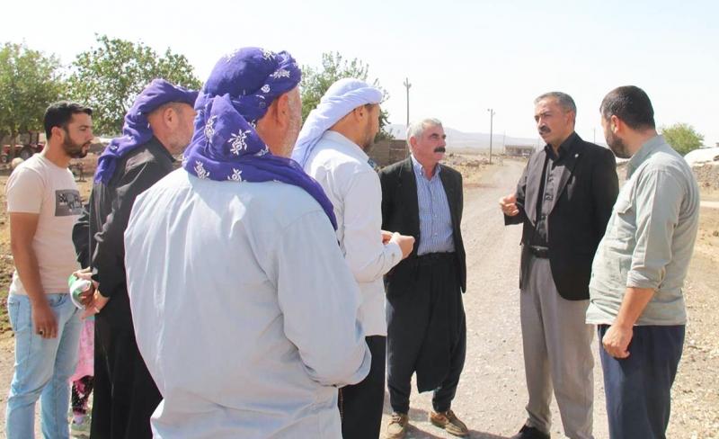 HÜDAPAR Bağlar İlçe Başkanlığı yolları bozuk olan mezraları ziyaret etti
