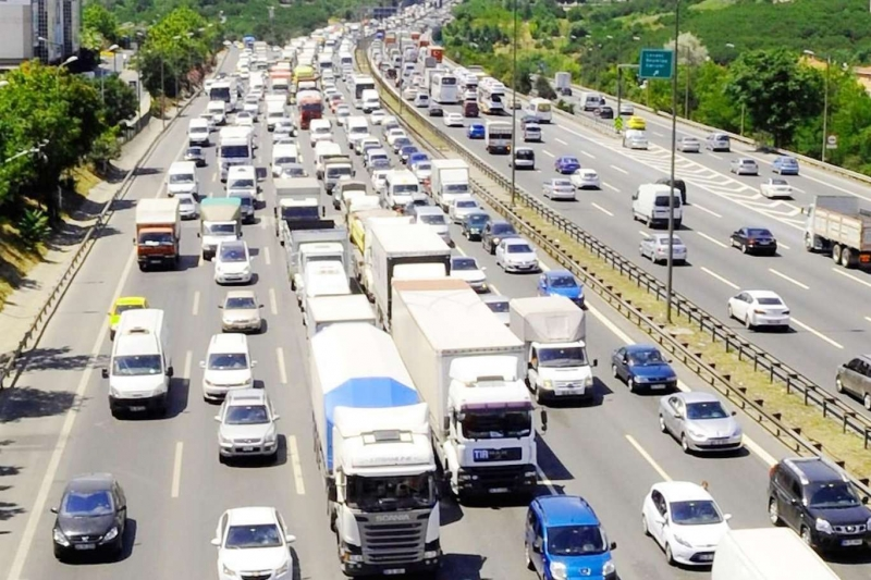 Nisan ayında 102 bin 461 taşıtın trafiğe kaydı yapıldı
